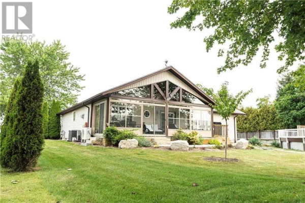 11550 MEADOWVIEW RD, Chatham-Kent
