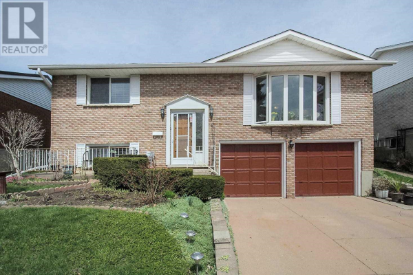 415 LAKEVIEW DR, Waterloo