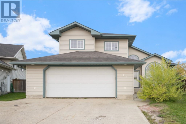 110 LIGHTBOWN Bay, Fort McMurray