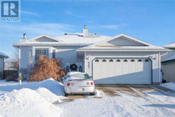 241 BOISVERT Place, Fort McMurray