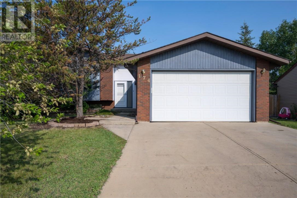 174 Berens Place, Fort McMurray