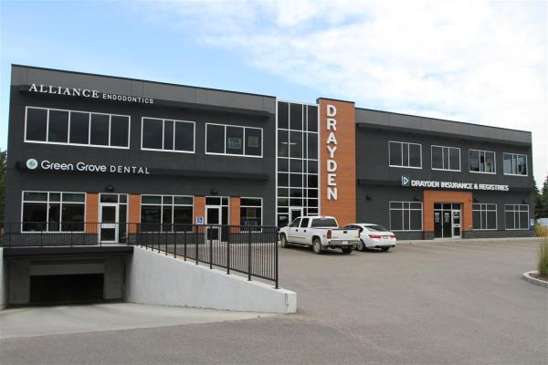 200 60 Green Grove Drive, St. Albert