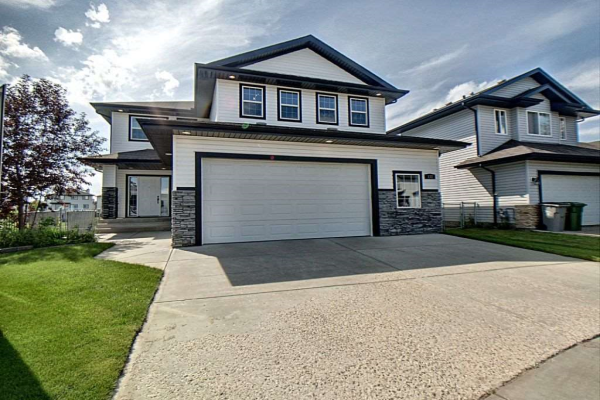 122 Lakeview Crescent, Beaumont