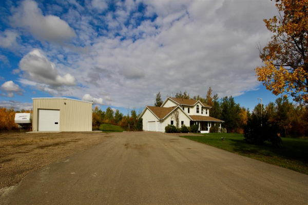 53210 RGE RD 210, Rural Strathcona County