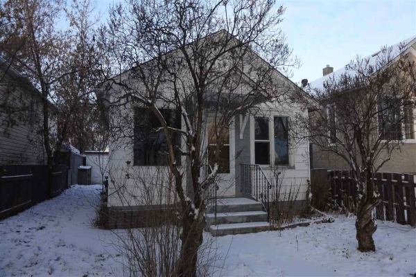 12030 61 Street, Edmonton