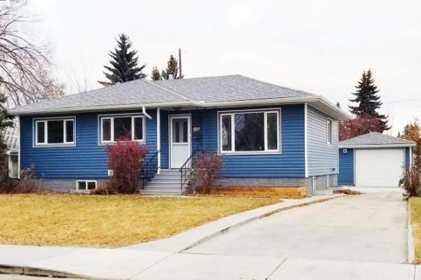 10663 CAPILANO Street, Edmonton