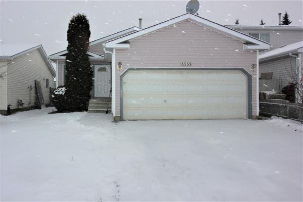 1553 49a Street, Edmonton