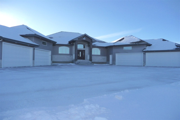 51174 RGE RD 211, Rural Strathcona County