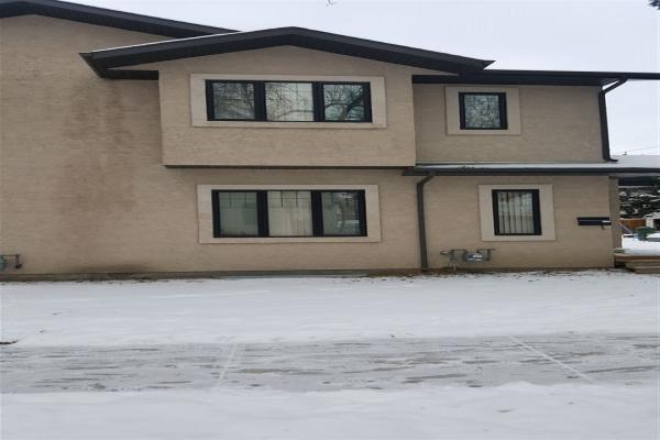 9020 90 Avenue NW, Edmonton