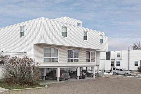 8556 38A Avenue, Edmonton