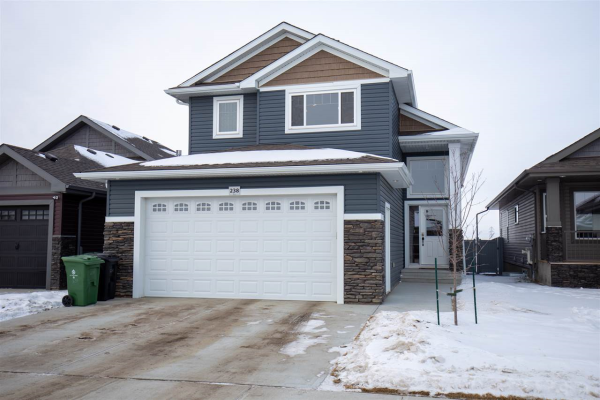 238 WOODHILL Lane, Fort Saskatchewan