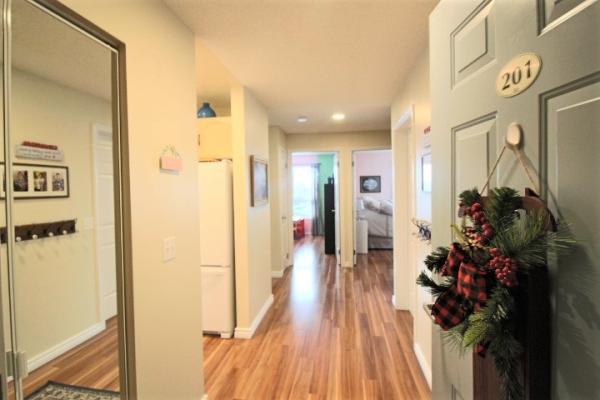 201 9926 100 Avenue, Fort Saskatchewan