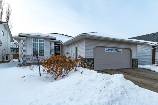 4 CARTWRIGHT Way, Sherwood Park