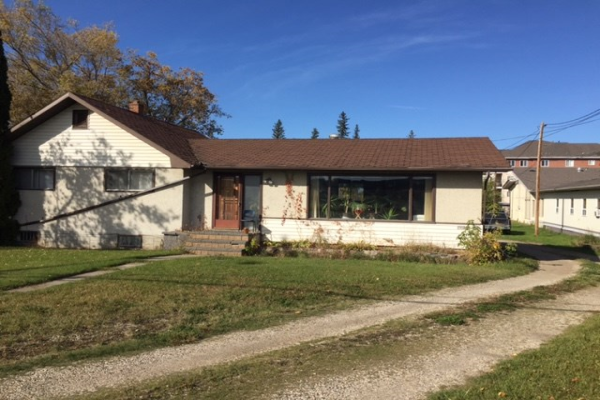 4907&4911 47th Avenue, Stony Plain
