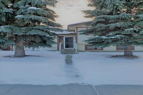 7111 152B Avenue, Edmonton