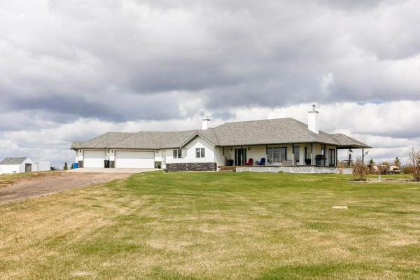 23336 TWP RD 512, Rural Strathcona County