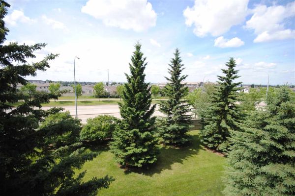 306 70 CRYSTAL Lane, Sherwood Park