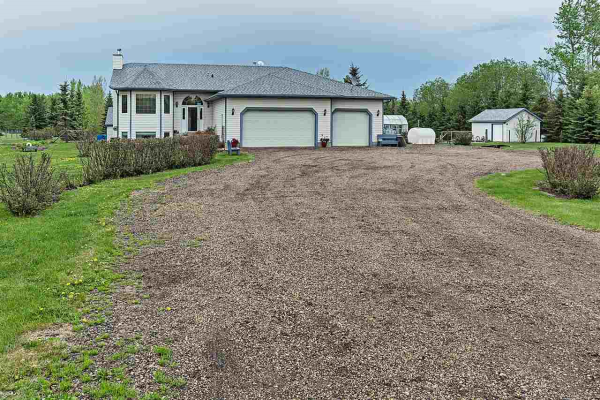 110 52349 RGE RD 222 Road, Rural Strathcona County