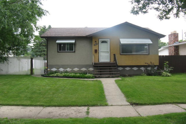 11923 46 Street, Edmonton