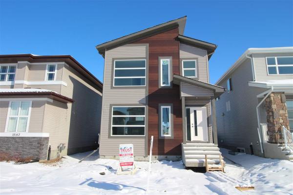 18139 76 Street, Edmonton