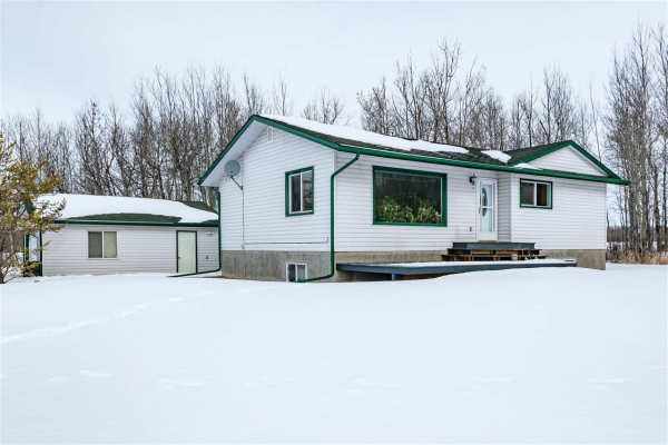 22135 TWP RD 514, Rural Strathcona County