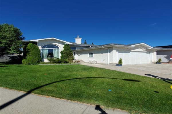 15712 133 Street, Edmonton
