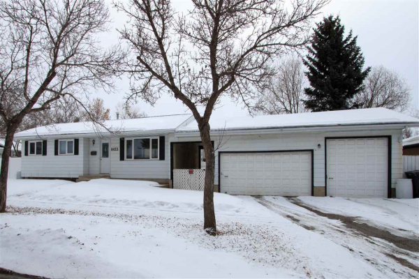 8423 94 Avenue, Fort Saskatchewan