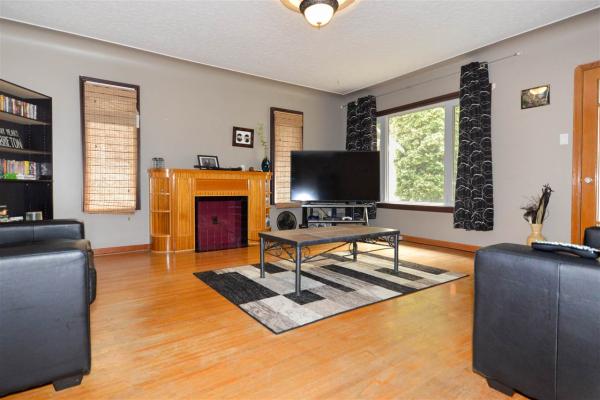 12307 95A Street, Edmonton