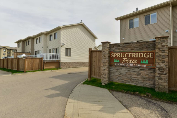 11 290 SPRUCE RIDGE Road, Spruce Grove