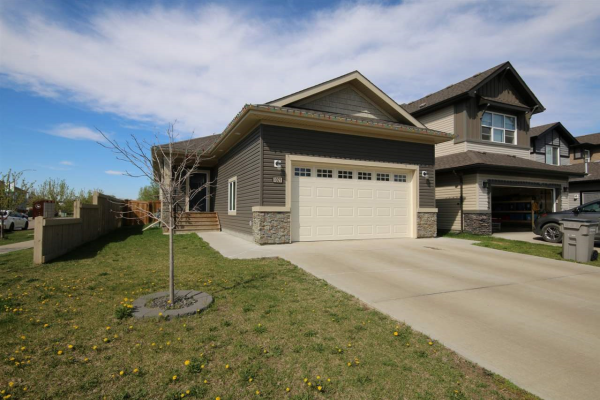 1021 SOUTH CREEK Wynd, Stony Plain