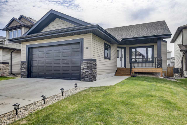 198 WOODBEND Way, Fort Saskatchewan