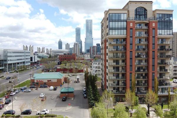 204 10319 111 Street, Edmonton