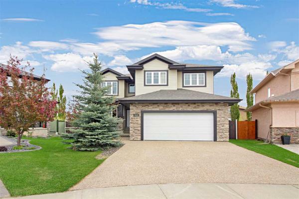 9031 208 Street NW, Edmonton