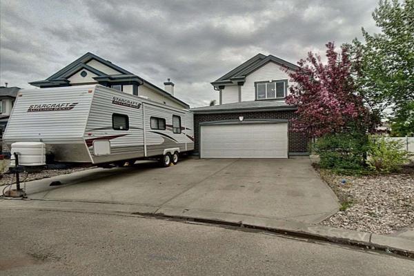 3323 40B Avenue, Edmonton