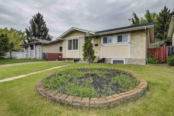 12036 143 Avenue, Edmonton