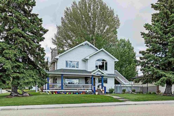 10415 FULTON Drive, Edmonton