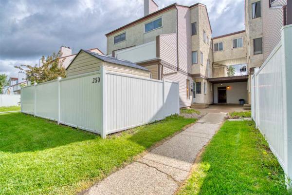250 LANCASTER Terrace, Edmonton