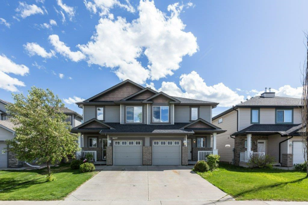 9079 Scott Crescent, Edmonton