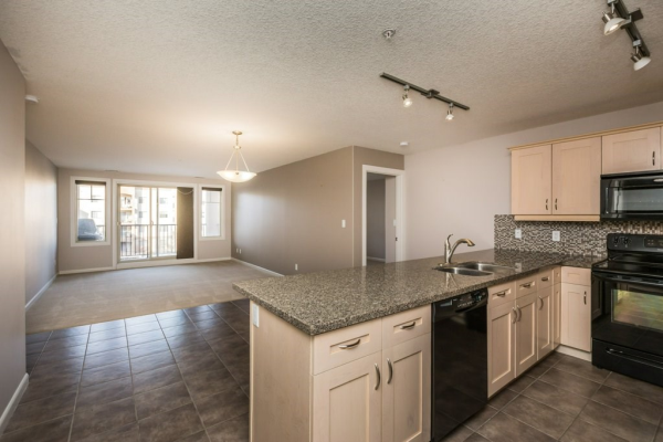 331 400 PALISADES Way, Sherwood Park