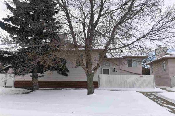 9902 B SHERRIDON Drive, Fort Saskatchewan