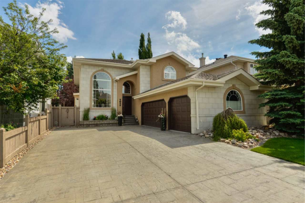 1011 TWIN BROOKS Court, Edmonton