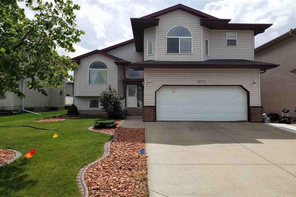 8711 160 Avenue, Edmonton