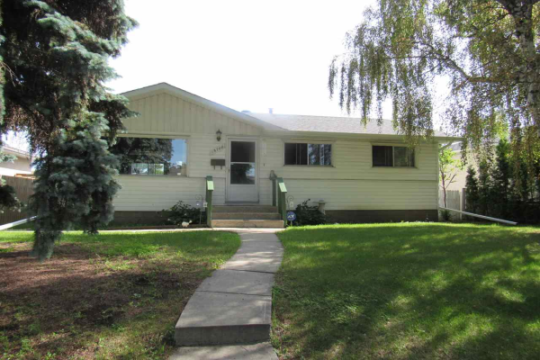 15708 89 Avenue, Edmonton