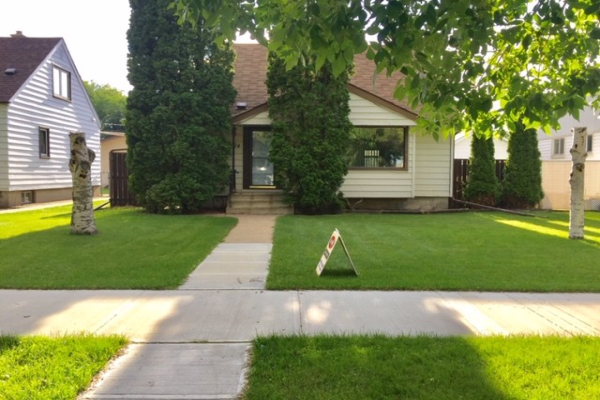 12074 58 Street NW, Edmonton