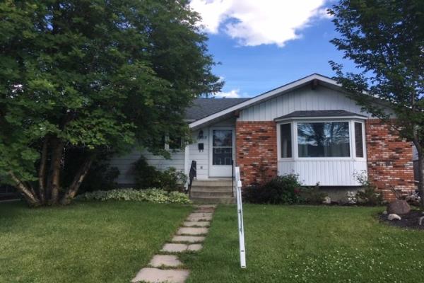 1315 72 Street, Edmonton