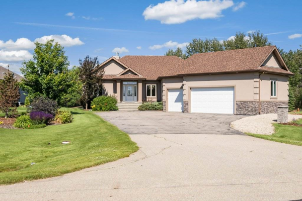 243 53017 RGE RD 223, Rural Strathcona County
