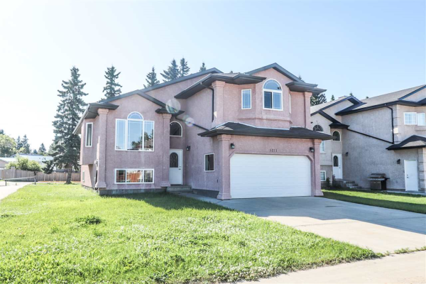 5211 BON ACRES Crescent, Bon Accord