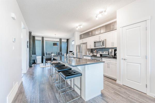 3804 CHRUSTAWKA Place, Edmonton