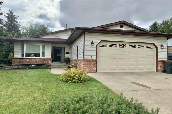 2 Morel Drive, Spruce Grove