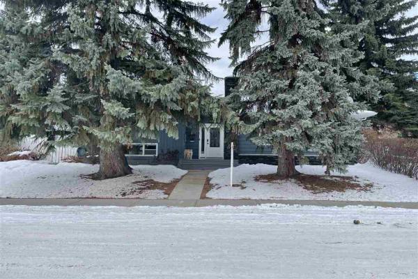 14304 MACKENZIE Drive, Edmonton